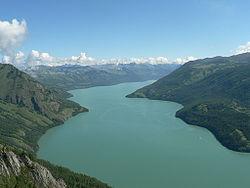 Lago Kanas.jpg