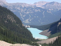 Lake Louise latem