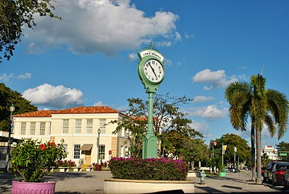 How to get to Lake Worth, FL with public transit - About the place