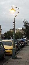 Lanternaj kolonoj en Brunswick Place, Hove (IoE Code 365492).JPG