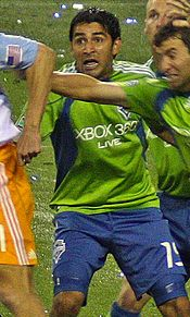 Leonardo Gonzalez Seattle Sounders cropped.jpg
