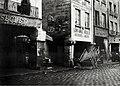 Les Piliers des Halles, rue de la Tonnellerie.jpg