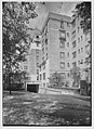 Leslie Apartments, Forest Hills, Long Island. LOC gsc.5a09642.jpg