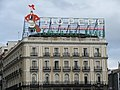 Leuchtreklame an der Plaza Puerta del Sol.jpg