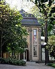 Liebieghaus Galerieflügel Haupteingang.jpg