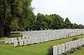 Lijssenthoek Military Cemetery R02.jpg