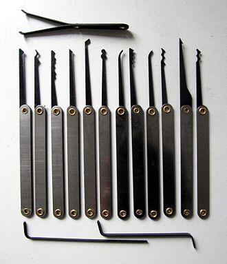 Lock picking - A set of pin/tumbler lock lock picks.