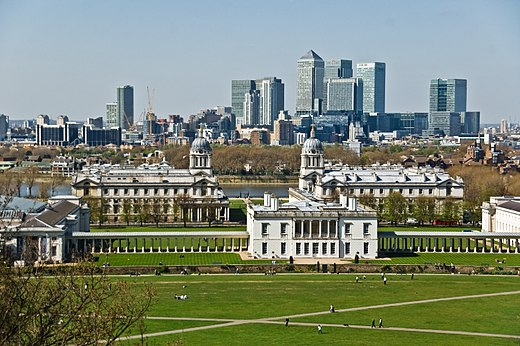 Vista do Greenwich Park com o distrito financeiro de Canary Wharf ao fundo. - Londres