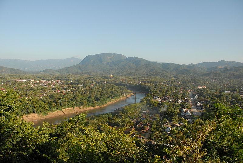 File:Luang Prabang Phou Si.JPG