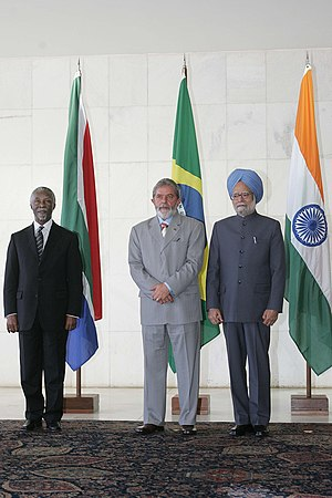 India–South Africa relations - Indian PM Manmohan Singh with Brazilian President Luiz Inácio Lula da Silva and South African President Thabo Mbeki.