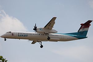 Luxair Q400 LX-LGF.JPG