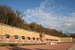 Parce que de très nombreux résistants y ont été fusillés, c est au Mont-Valérien, à Suresnes, qu a été installé le Mémorial de la France combattante