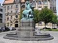 Magdeburg pomnik von Guericke.jpg