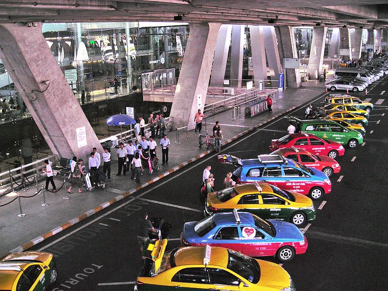 File:Main Taxicab stand of Suvarnabhumi Airport.JPG