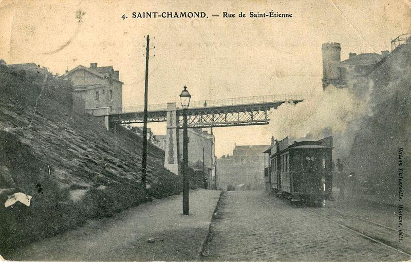 [CNC] besoin de vos avis - conception cnc - Page 2 800px-Maison_Universelle_4_-_SAINT-CHAMOND_-_Rue_de_Saint-Etienne