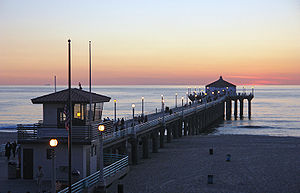 Manhattan Beach Pier - The municipal pier in downtown Manhattan Beach on a typical fall afternoon