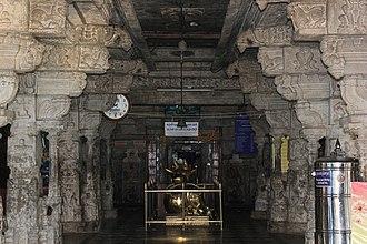 Halasuru Someshwara Temple, Bangalore - Image: Mantapa (hall) in Someshwara temple (16th century) in Bengaluru