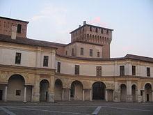 Mantova, Piazza Castello