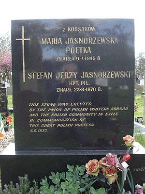 Maria Pawlikowska-Jasnorzewska - Grave of Maria Jasnorzewska in Southern Cemetery, Manchester