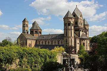 Maria Laach - Abteikirche, Nordwest (2019-05-14 Sp).JPG