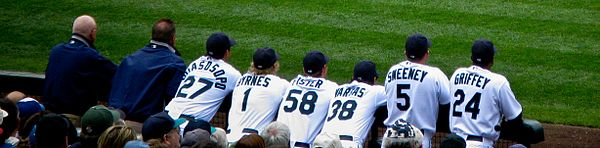 Eric Byrnes (center) signed with the Mariners in 2010.