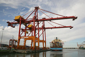 Port of Melbourne - Container crane and ship at Swanson Dock East