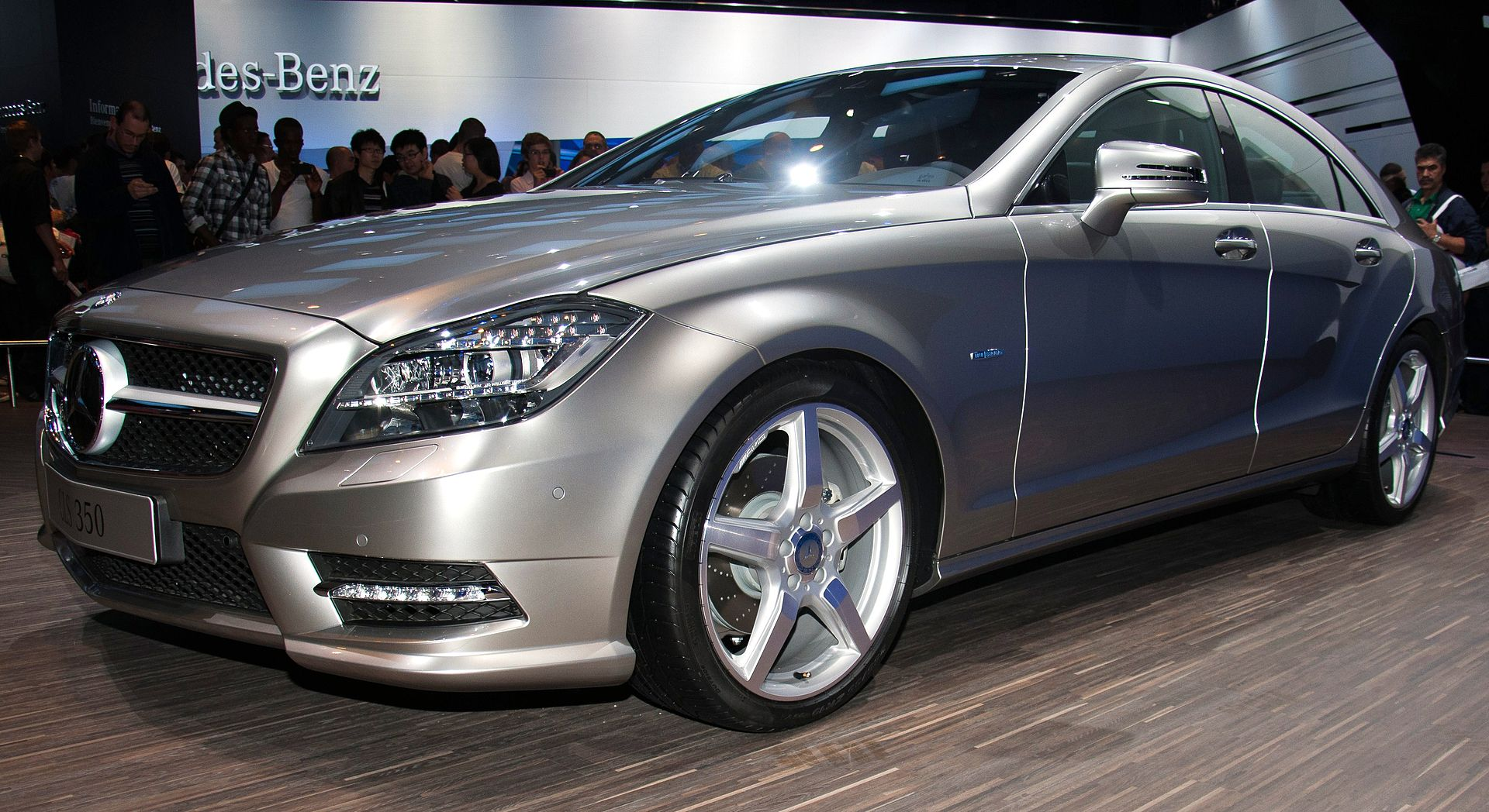 Mercedes benz cls for Mercedes benz cls500