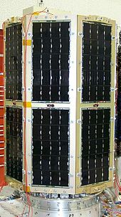 highefficiency triplejunction gallium arsenide solar