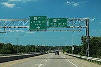Milan Parkway - IL5 Signs (30453210258).jpg