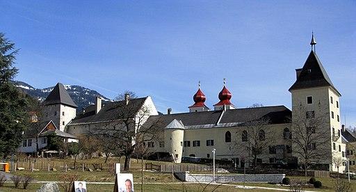 Millstatt Stift Westseite 02 2009