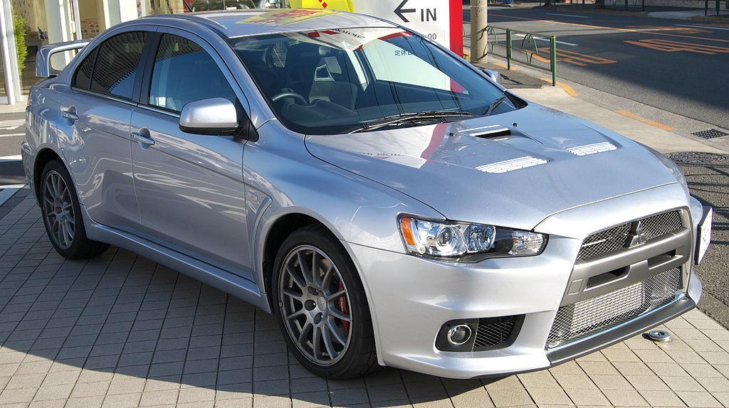 1024px-Mitsubishi_Lancer_Evolution_X_01.