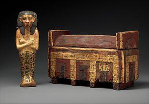 Wahneferhotep - Image: Model coffin and shabti of Wahneferhotep