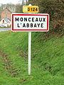 Monceaux-l'Abbaye-FR-60-panneau d'agglomération-1.jpg