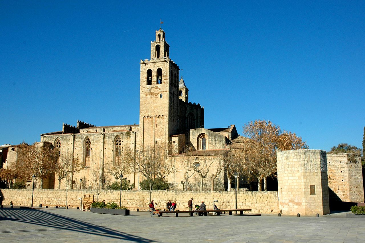 File monestir de sant cugat llevant jpg wikimedia commons - Alfombras sant cugat ...