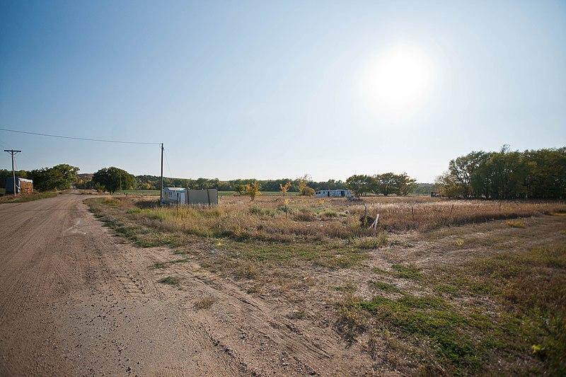 File:Monowi, Nebraska (8114851588).jpg