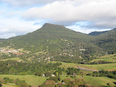 Mount Kembla viewed from Mount Nebo. Mount Kembla from Mount Nebo.JPG