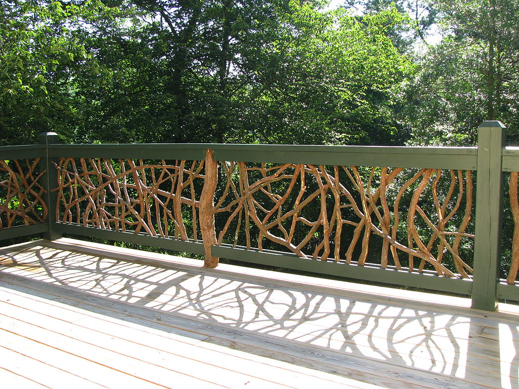 Decking With Glass Panel Railings