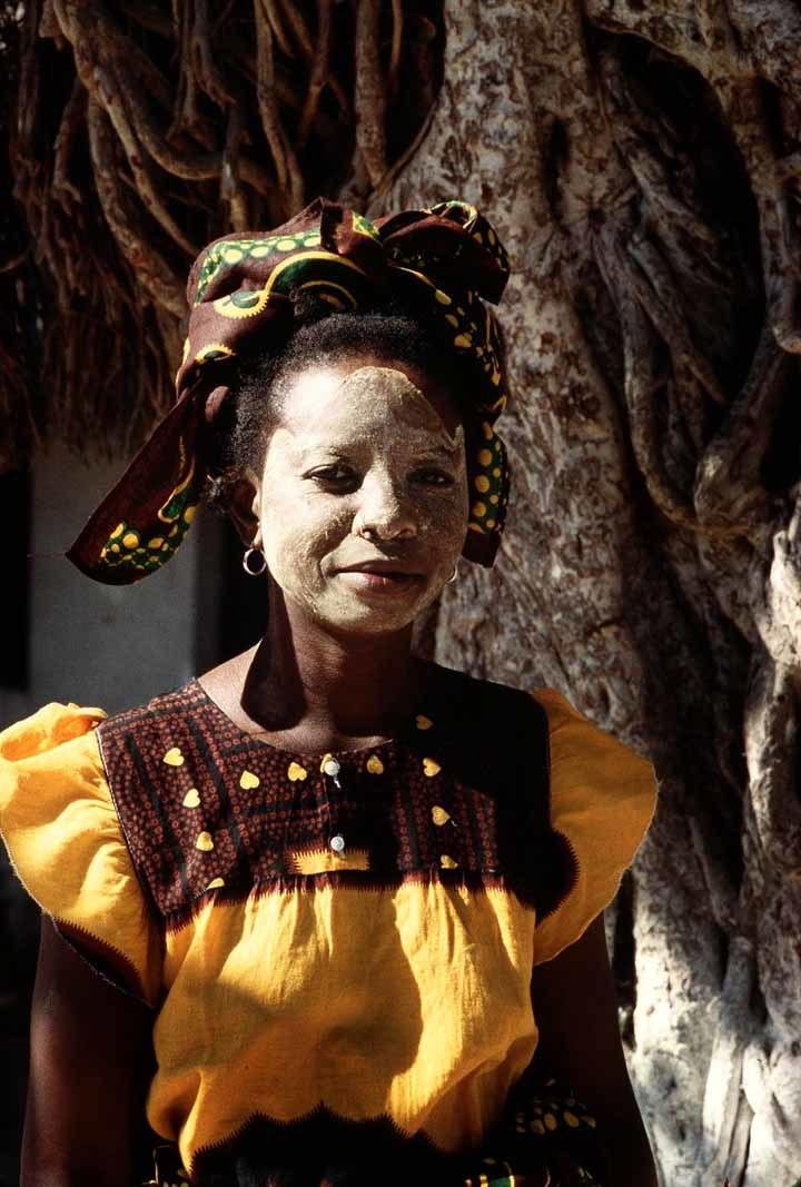 Mozambique - mask