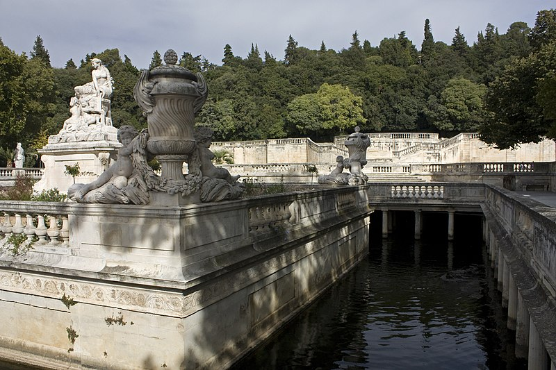 File n mes jardin de la fontaine r servoir du nymph e wikimedia commons - Bache jardin castorama nimes ...