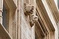 Nîmes-Maison gothique-Ange au Blason-20140526.jpg