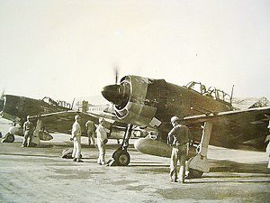 Kawanishi N1K - Captured Kawanishi N1K2-Js having their Homare engines run up by former IJNAS groundcrew