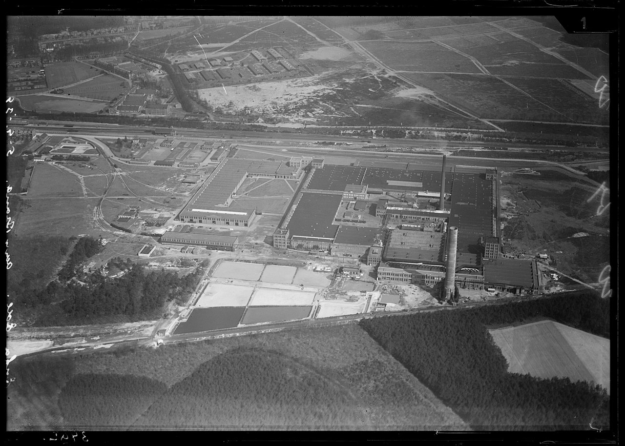 File:NIMH - 2011 - 0114 - Aerial photograph of Ede, The Netherlands - 1920  - 1940.jpg