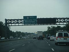 NJ 42 SB past Camden CR 753.JPG