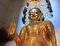Nagayon statues Bagan (130111).jpg
