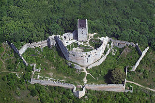 <i>Bergfried</i> tall tower that is typically found in castles of the Middle Ages in German-speaking countries