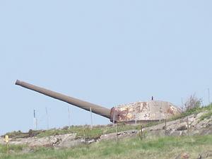 Naval gun at Älvsborgs fästning in Gothenburg (2).JPG