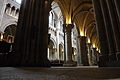 Nef nord de la Cathédrale de Lausanne.JPG