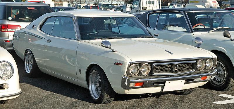[Image: 800px-Nissan_Laurel_C130_001.JPG]