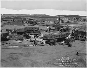 Fort Funston - Assembling a 16-inch gun carriage at the fort