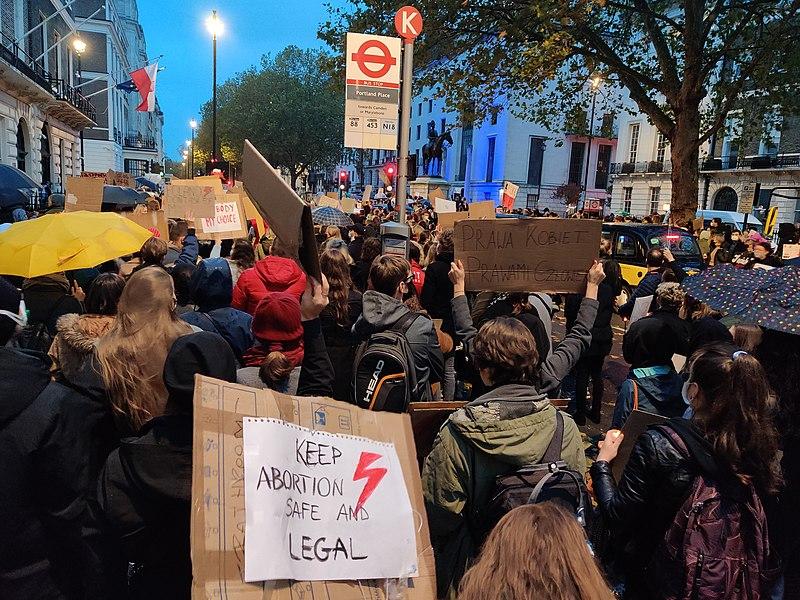 File:October 2020 Protest in London, Polish Embassy.jpg